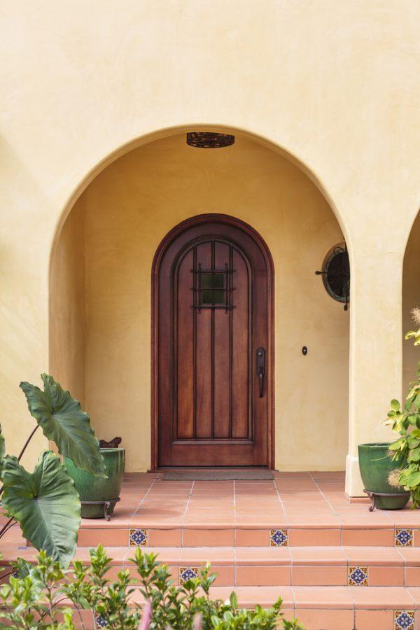 Советы по напольному покрытию у входа в дом