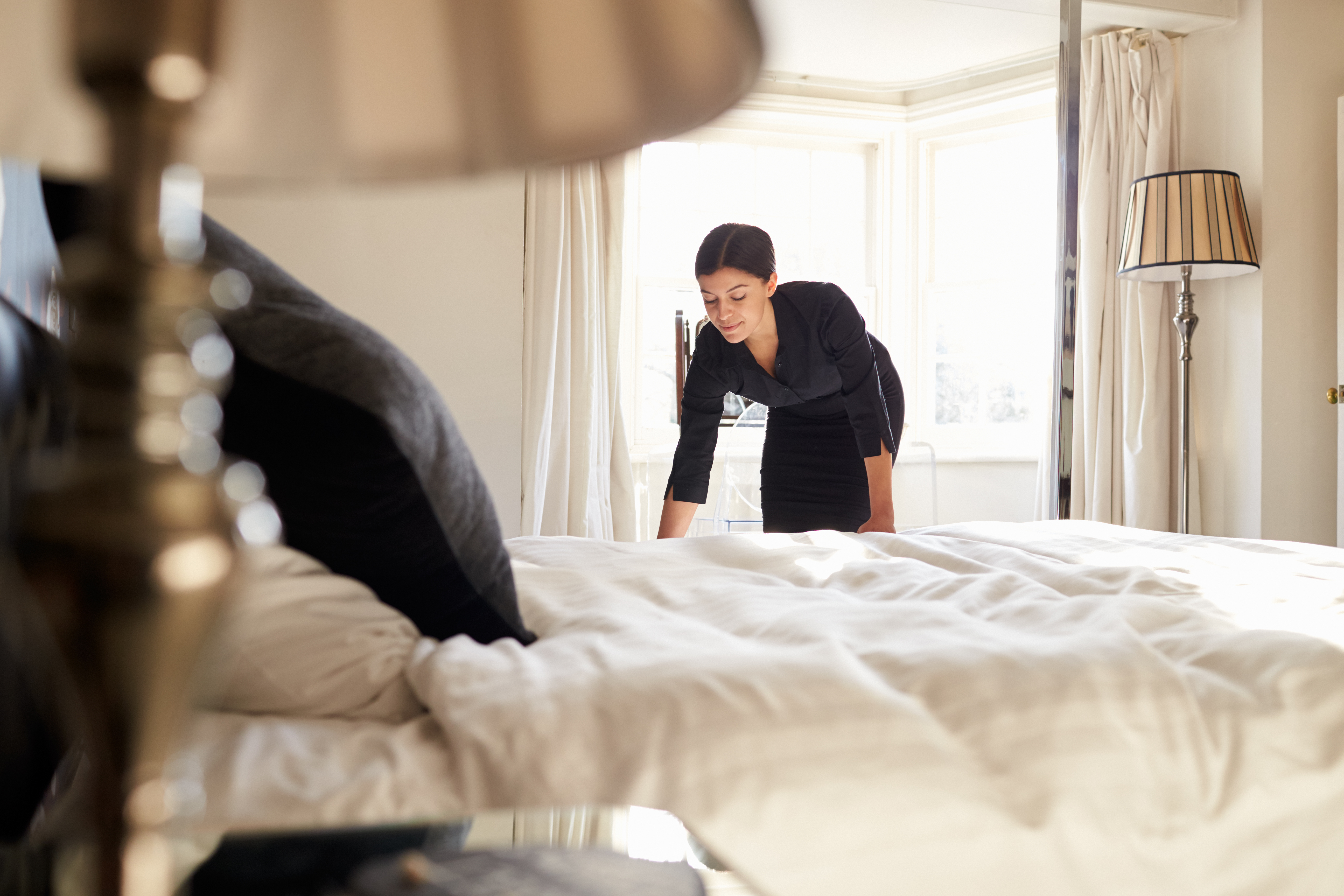 кровать без беспорядка