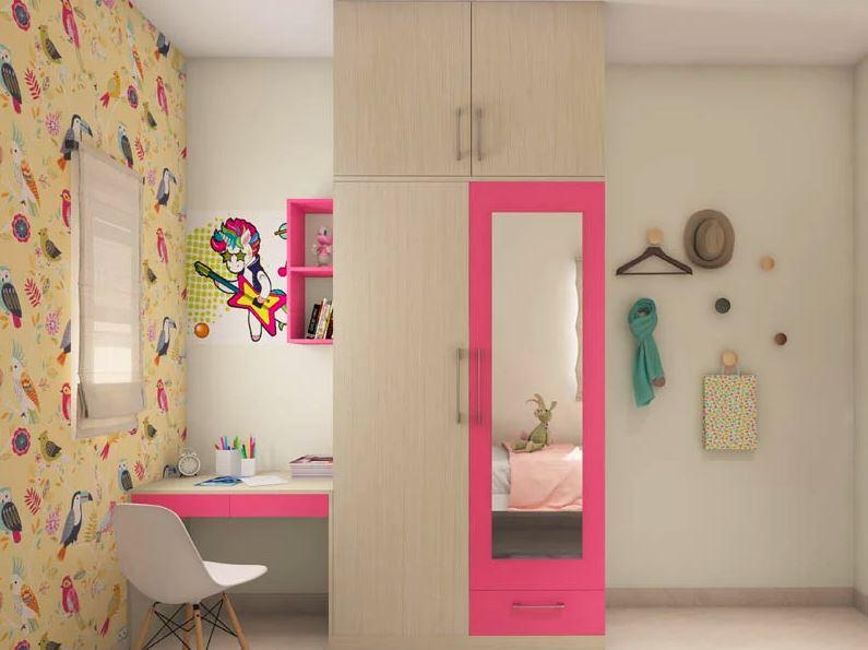 розовый деревянный шкаф-купе