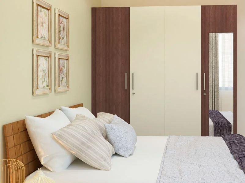 деревянный шкаф кремового цвета