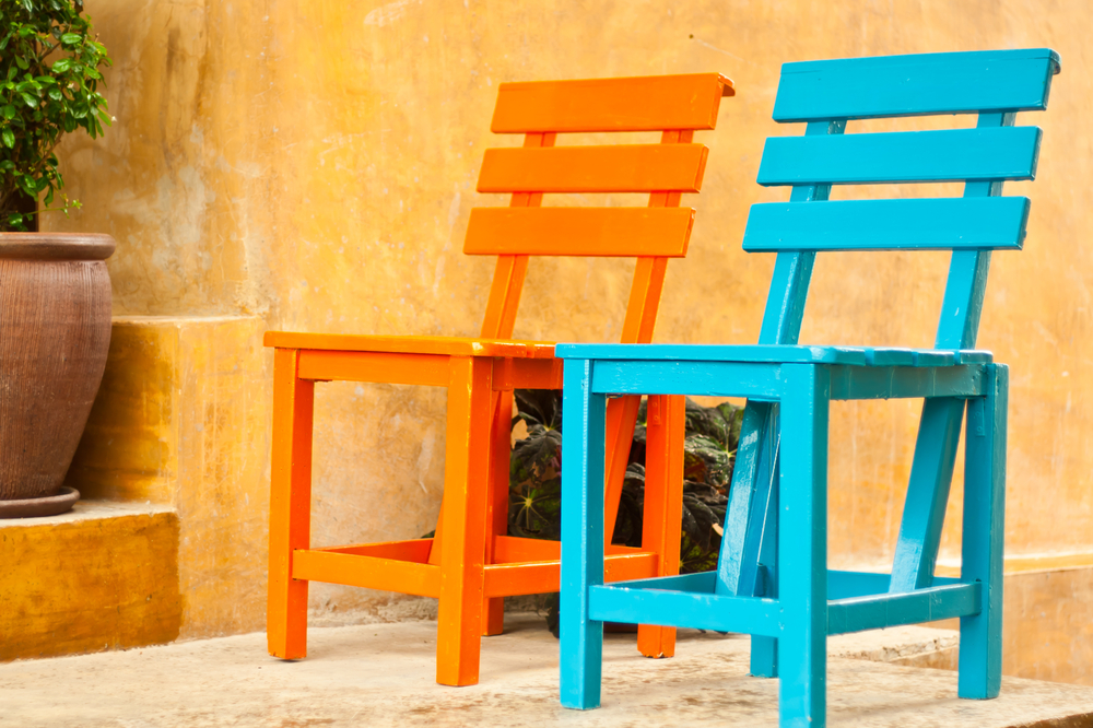мебель темного или светлого цвета